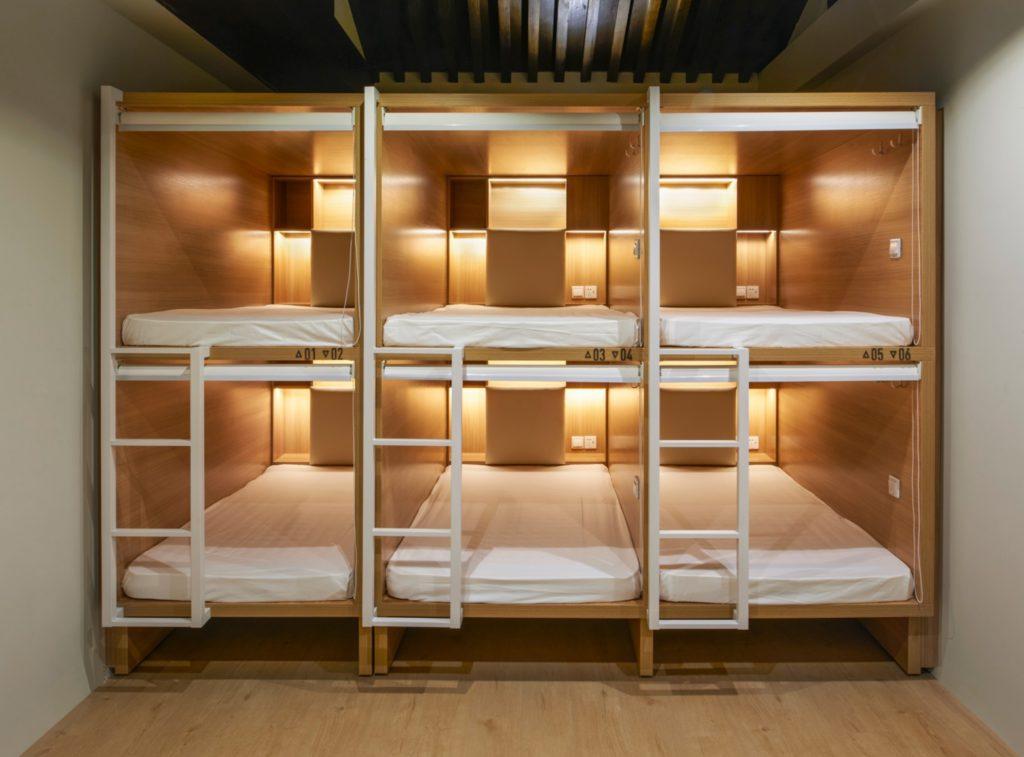 Sit Pet Lodge - Capsule Hotel Example 2